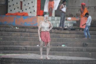 160927 003 Varanasi - Ganges ghats bathing