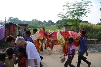 160927 090 ## Village - Funeral procession