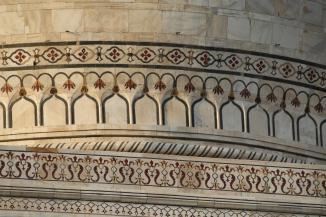 IMG_2771 Agra - Taj site - Taj Pishtaq pietra dura (marble inlay work)