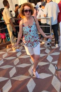 IMG_2790 Agra - Taj site - Ivana modelling disposable shoe covers