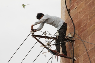 IMG_3674 Jodhpur - Working on power network