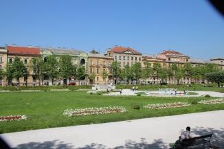180428 04 Zagreb __ Park 2 of 3 IMG_7808